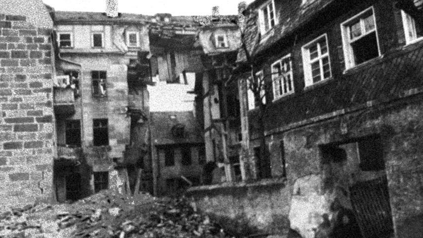 Auch Teile Fürths werden Ende des Zweiten Weltkrieges bombardiert und zerstört.
