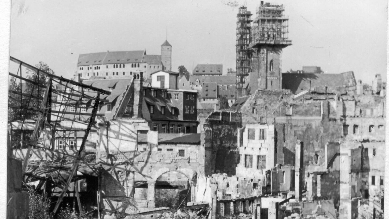 Auch 1949 ist die Nürnberger Altstadt noch eine Ansammlung von Ruinen.