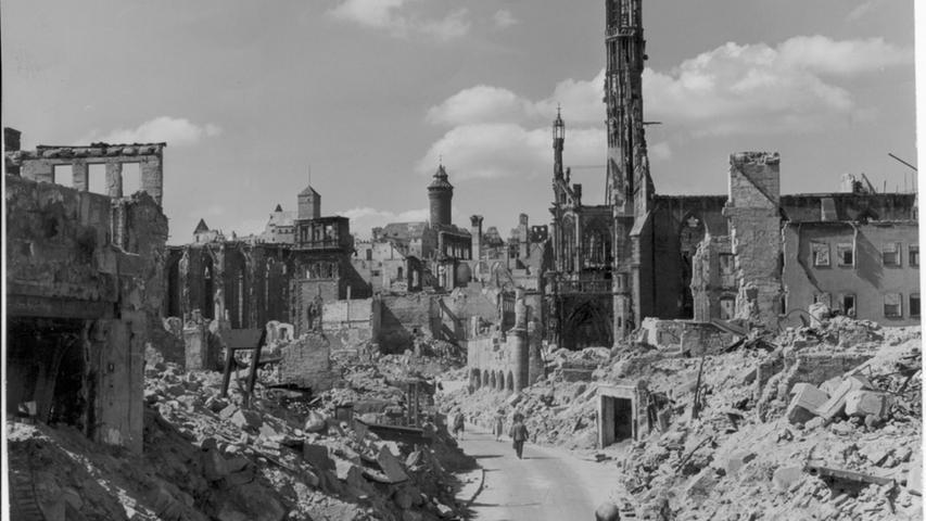 Nürnberg nach dem Krieg - eine Trümmersteppe