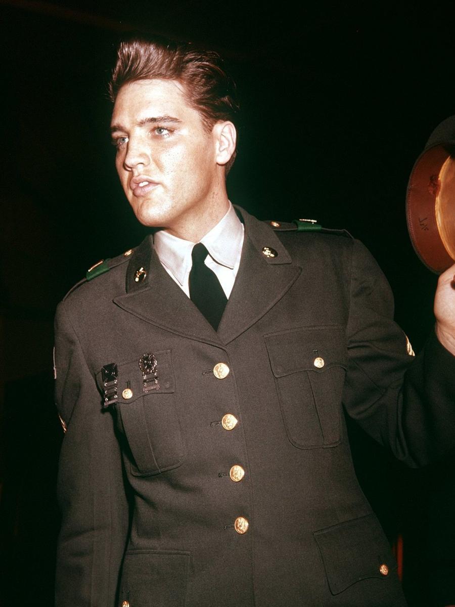 Der Soldat Elvis Presley, aufgenommen 1960 in Friedberg.