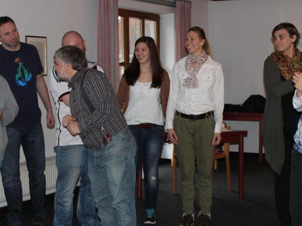 """""""Wo geht's denn do zum Himmi?"""" Die """"KaUtzigen"""", die Theatergruppe aus Kastl und Utzenhofen, kennen den Weg und proben intensiv. Premiere ist am Samstag, 21. Februar."""