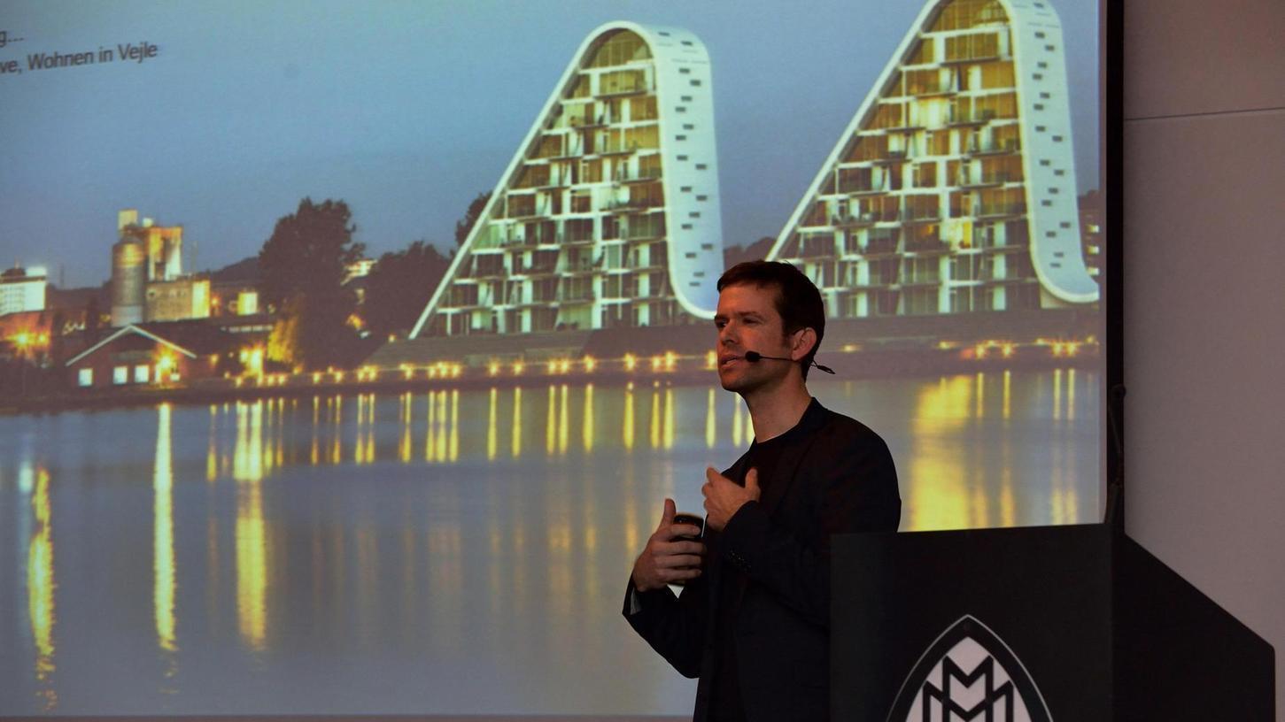 """Werner Frosch möchte der Ästhetik mehr Platz einräumen. Während seines zehnjährigen Aufenthalts in Kopenhagen hat er die Skandinavier als """"behagliches"""" Volk kennen und deren Architektur schätzen gelernt."""