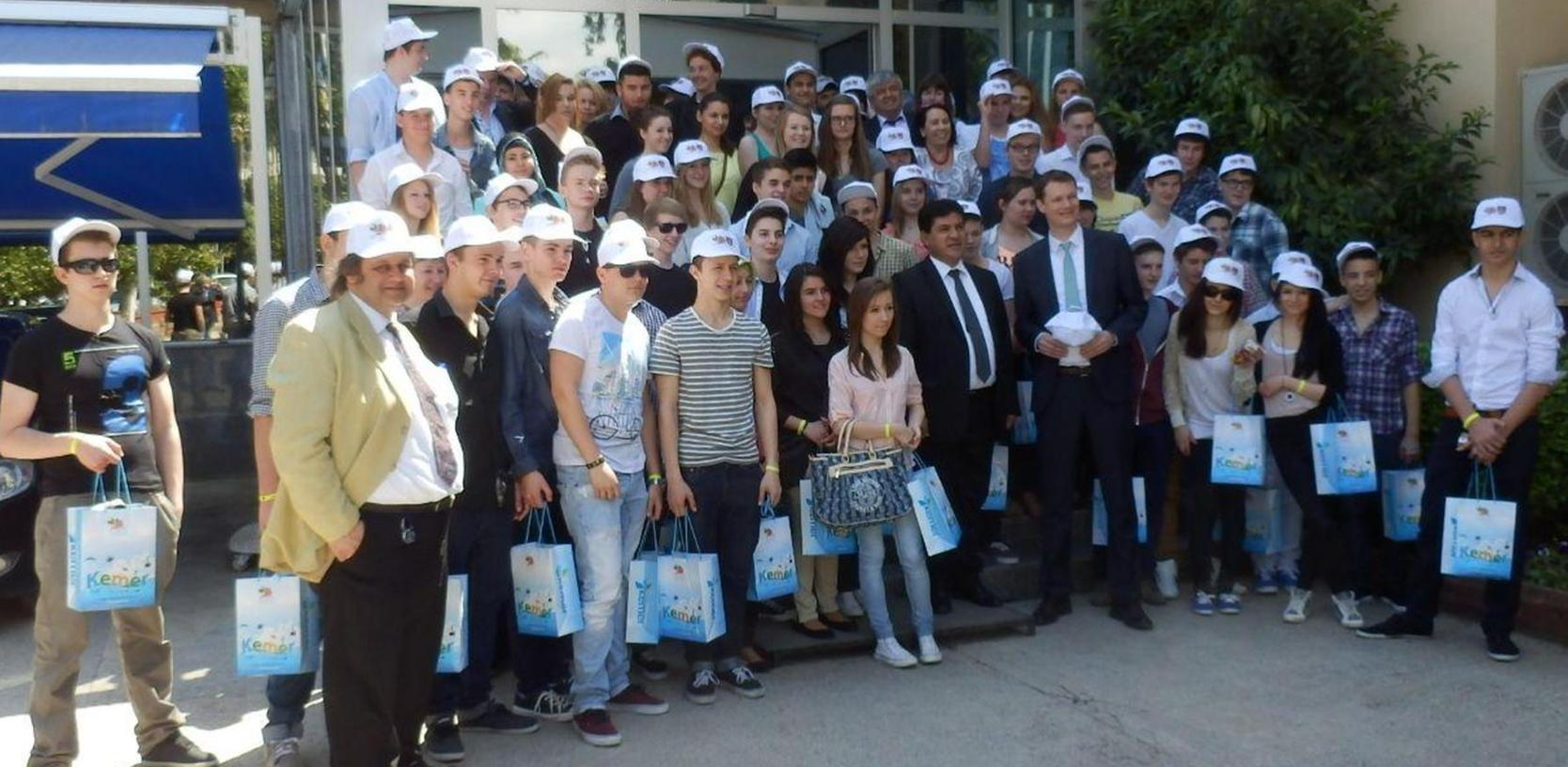 Die Karl-Dehm-Schüler wurden bei ihrem Besuch in Kemer herzlich empfangen. Nun will man sich beim Gegenbesuch für die große Gastfreundschaft revanchieren.