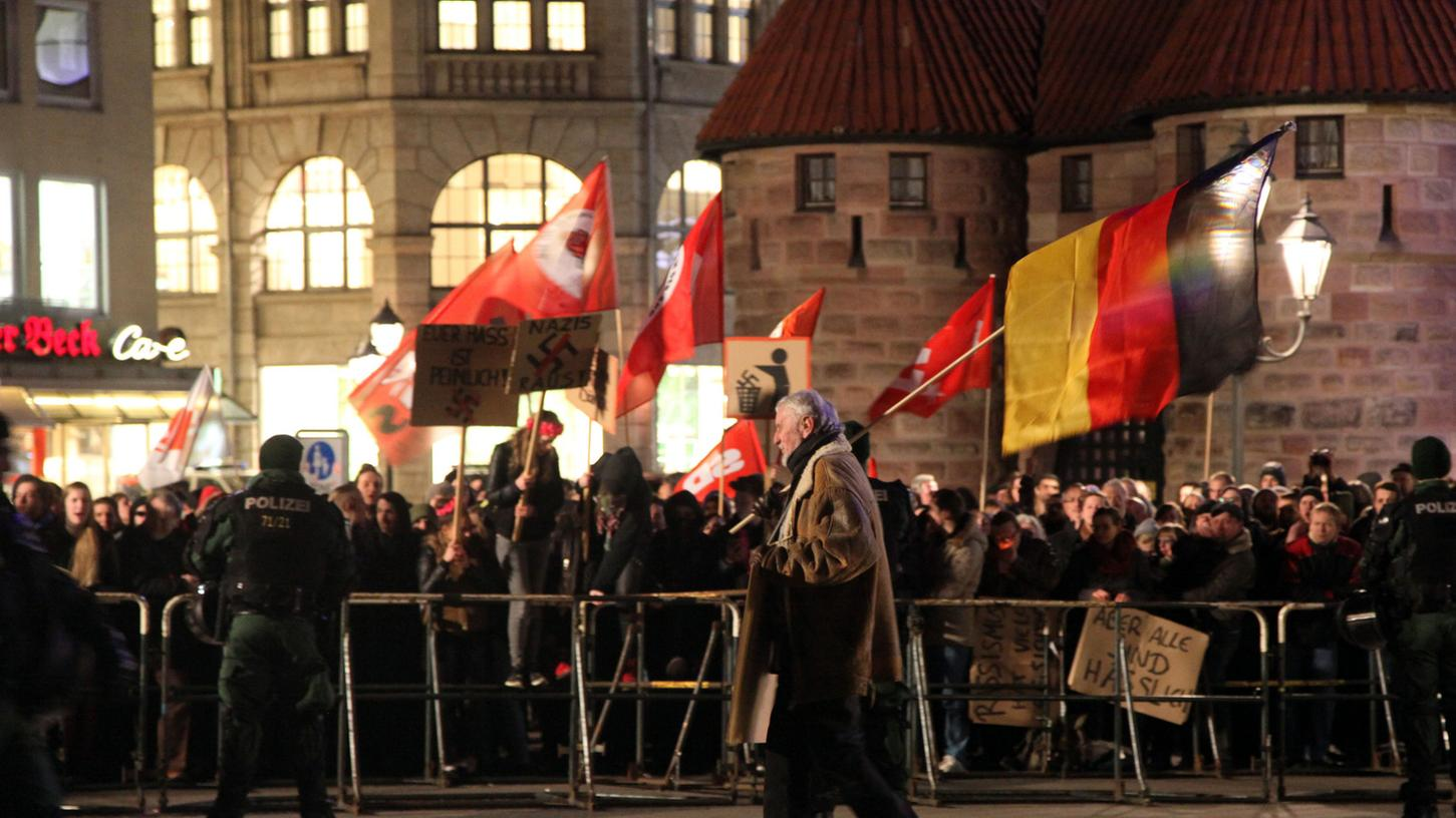 Am Freitagabend will Pegida Nürnberg zum 50. Mal in Nürnberg marschieren.