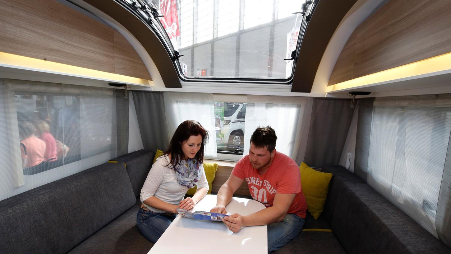 Im Jahr 2014 verzeichnete die Caravaning-Branche einen Rekordumsatz. Das Interesse an den rollenden Wohnzimmern ist auch auf der diesjährigen Freizeitmesse groß.