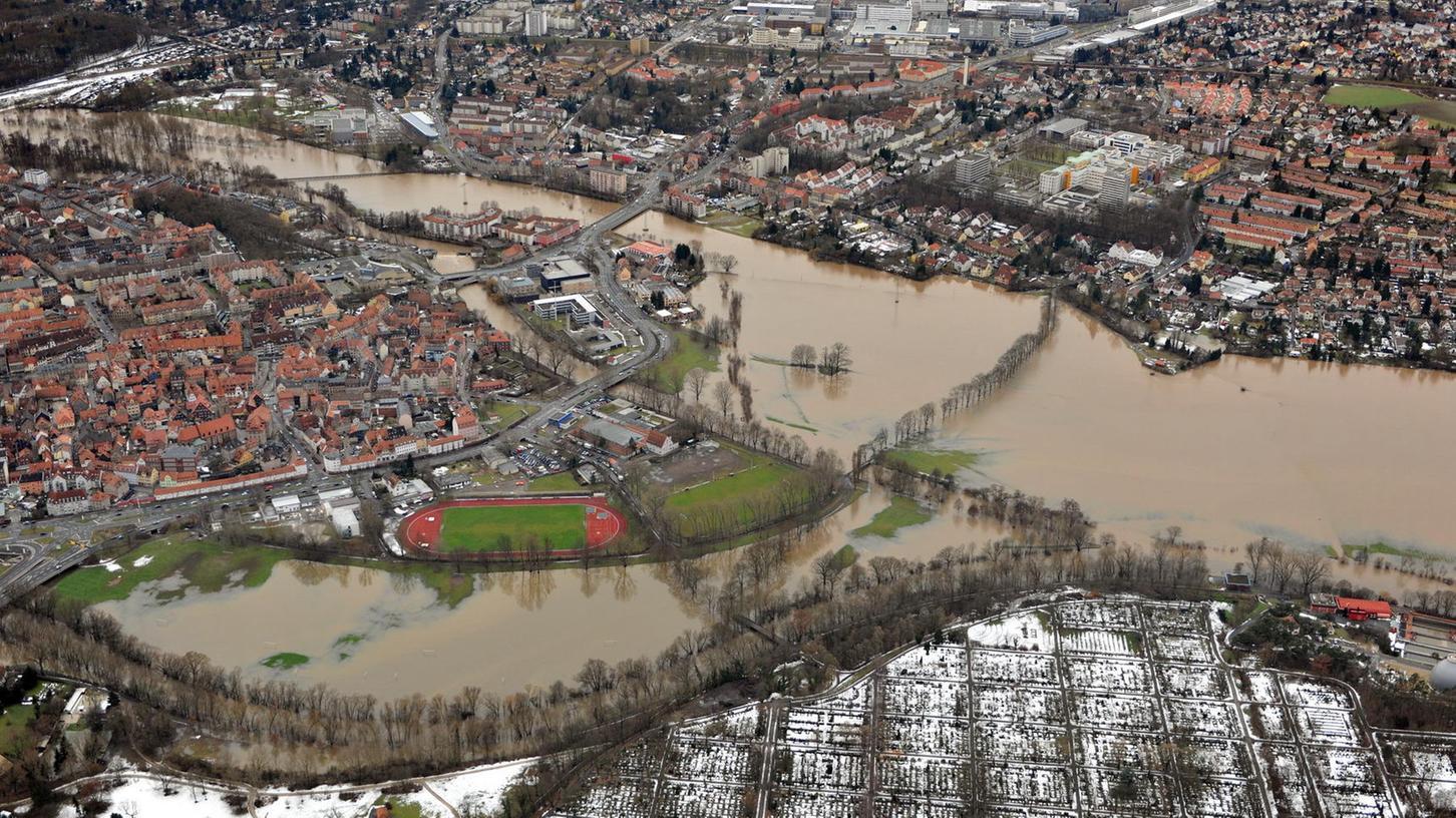 Hochwasser aus der Luft: Zusammenfluss von Rednitz und Pegnitz Anfang Januar.