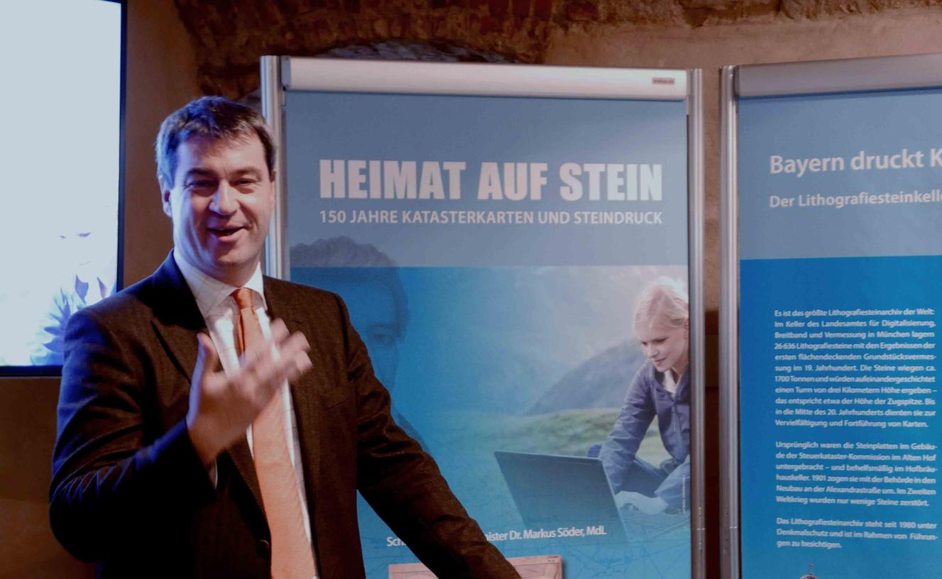 Heimat- und Finanzminister Markus Söder eröffnete die Sonderausstellung