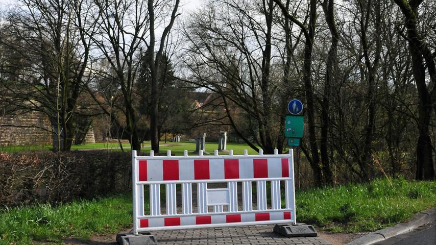 Als Vorsichtsmaßnahme entschied Gartenamtsleiter Herbert Fuchs am Dienstagnachmittag, den Stadtpark zum Teil zu sperren.