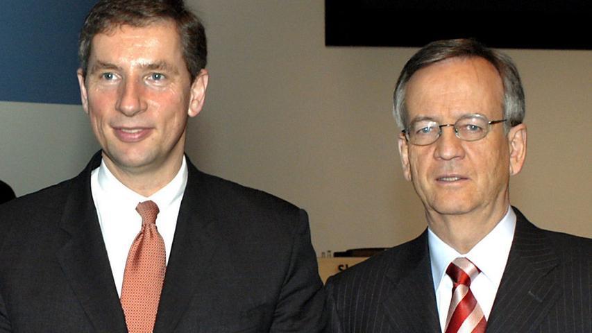 Anfang 2005 tritt Klaus Kleinfeld von Pierers Nachfolge als Vorstandsvorsitzender an, während