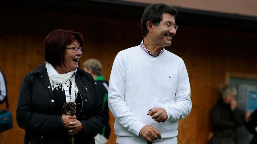 Immer an der Seite Helmut Hacks: seine Ehefrau Karin, mit der er zwei Söhne hat.