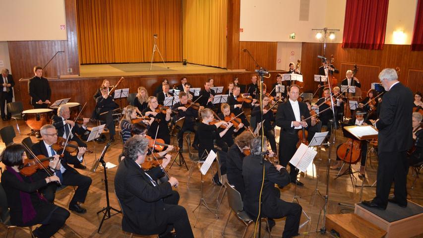 Forchheim: Standing Ovation für Neue Philharmonie