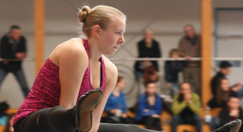 Die DM im Visier: Johanna Graff (hier bei einer Sattelstützgrätsche) schwang sich zur zweitbesten Wertung ihrer Karriere auf und löste das Ticket nach Worms.