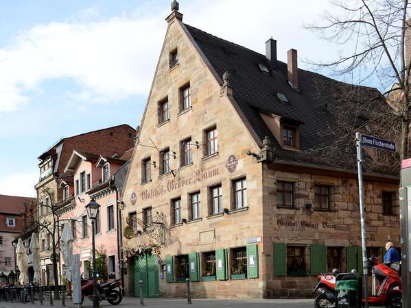 Der Grüne Baum in der Gustavstraße soll ebenfalls wiederbelebt werden. Die Inselkammer-Gruppe bittet aber um Geduld.