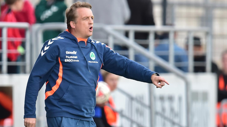 Wurde in der Saison 2014/15 noch einmal Kleeblatt-Trainer: Mike Büskens.