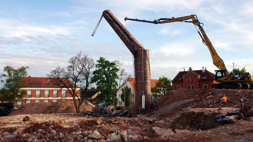 """Mit dem """"Drei-S-Kamin"""" fiel ein Schwabacher Industriedenkmal"""