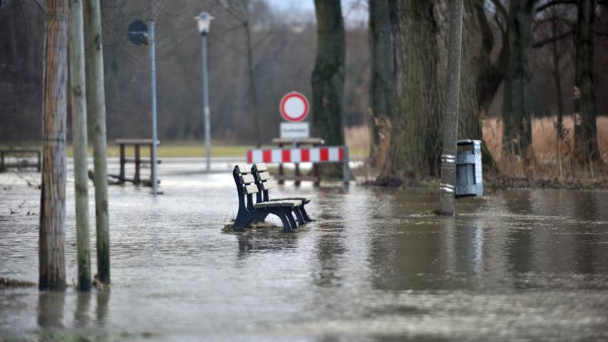 Hochwasser am Ulmenweg.