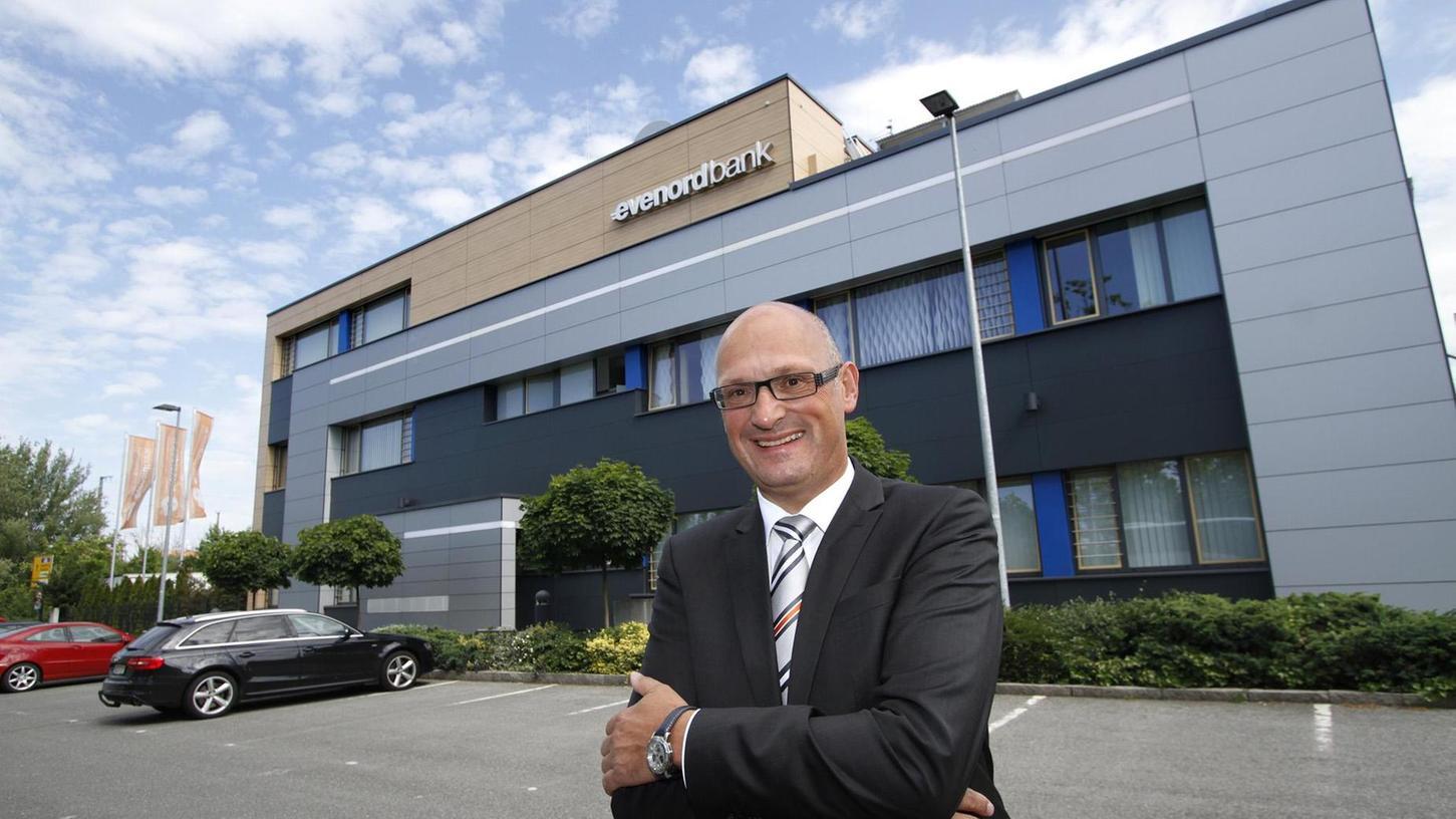 Horst Schneider, Vorstandschef der Nürnberger Evenord Bank, will sein Geldhaus verantwortungsbewusst gegenüber der Gesellschaft führen.