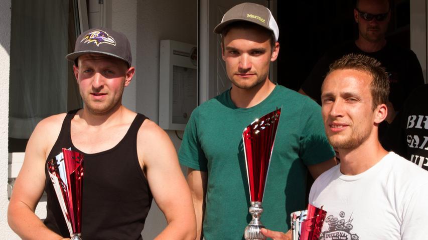 Die Sieger in der Übersicht: Christoph Konnert (Mitte, Erster), Michael Mattheis (links, Zweiter) und Jonas Pöltl (rechts, Dritter).