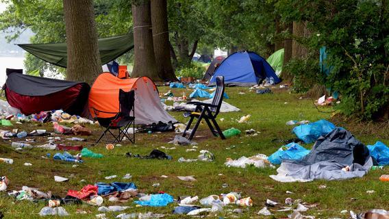 Was bleibt, sind Müllberge: Das große Aufräumen nach RiP