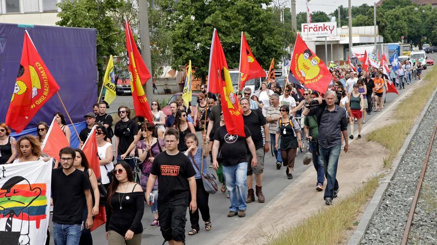 Marsch und Fest am Aufseßplatz: Nürnberger gedenken NSU-Opfer