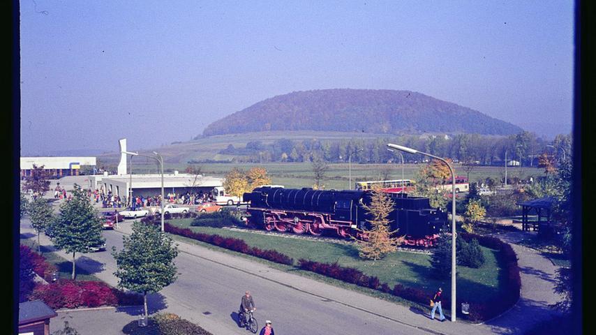 Hochbetrieb an der neuen Senefelder-Schule 1979.