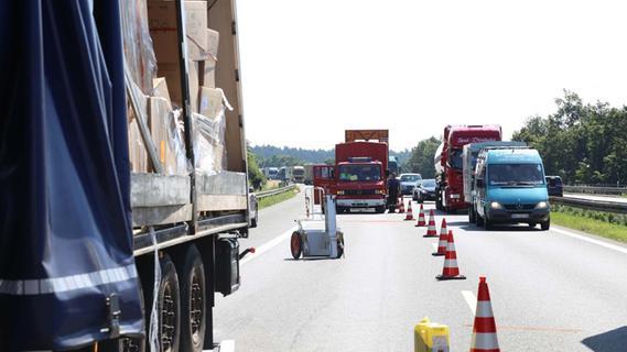 A6 nach Lkw-Unfallserie bei Ansbach dicht