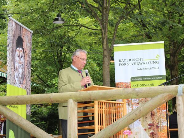 Ein Drittel Bayerns besteht aus Wald, das entspricht in etwa der Fläche von Schleswig-Holstein, erklärte Innenminister Joachim Herrmann.