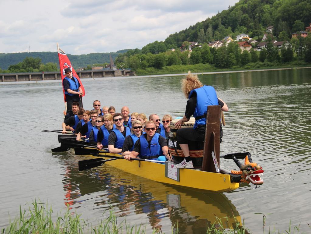 MOTIV: Training zum Drachenbootrennen am Happurger Stausee...THEMA: Outdoortag  in Happurg..FOTO: Udo Schuster, udo_schuster@t-online.de / gesp. 06/2015