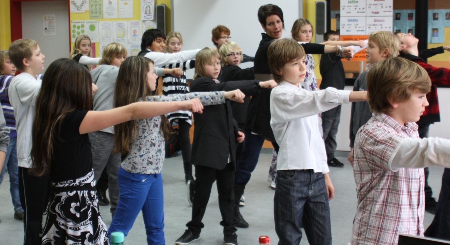 """Das """"Tanzende Klassenzimmer"""" kam in den fünften Klassen der Mittelschule Wendelstein sehr gut an."""
