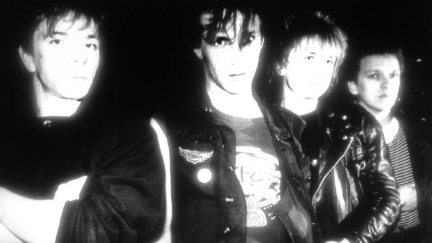 """""""Punk's not dead"""" — vor allem dann nicht, wenn es um die Erlanger Band """"Die Suicides"""" geht: Andy Jansen, Mike Dupre, Tilo Heider und Mike Neun (Anfang der 80er Jahre, v. l. n. r.)."""