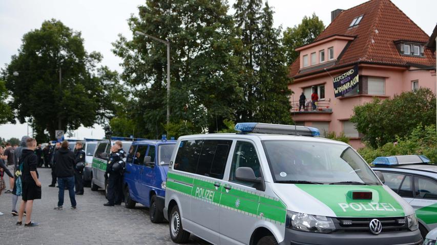 Großeinsatz gegen Hausbesetzer: SEK räumte Gebäude in Buch