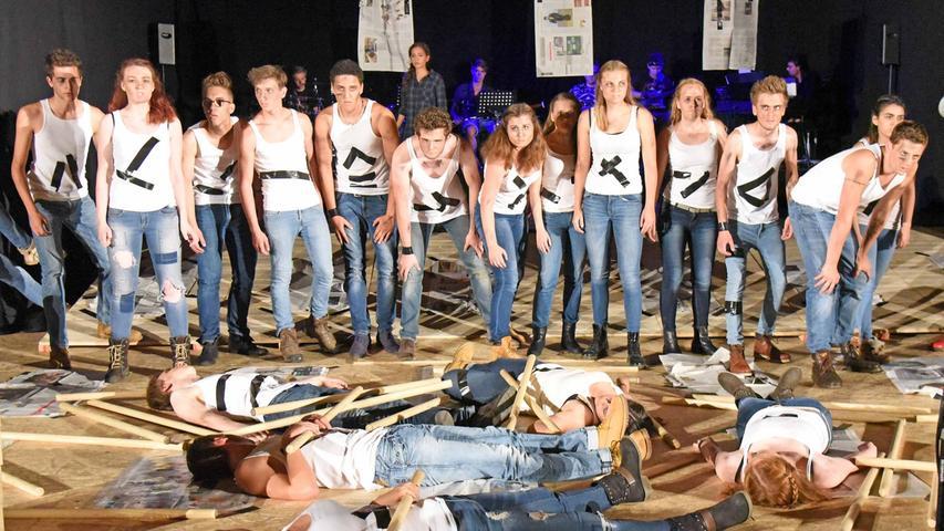 Vom 26. bis 29. Juli 2015 stand Schwabach ganz im Zeichen der darstellenden  Kunst. Das Adam-Kraft-Gymnasium (AKG) richtete die 59. Theatertage der  bayerischen Gymnasien aus.