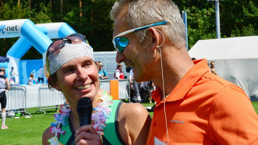 Der 26. Erlanger Triathlon ist ein schönr Erfolg gewesen für Sportler und  Veranstalter. Die Siegerin im Mitteltriathlon Tamara Zeltner..Foto:  Klaus-Dieter Schreiter.