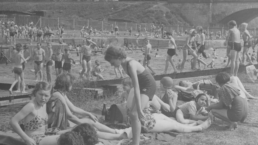 Hochbetrieb in den 50er Jahren. Im Hintergund ein Teil der Siebenbogenbrücke.