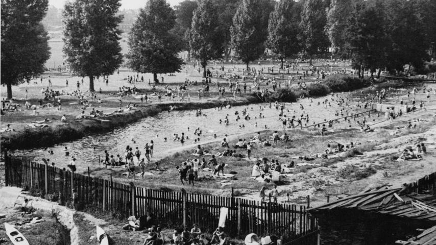 Hochbetrieb in den 50er Jahren. Blick in Richtung Scherbsgraben.