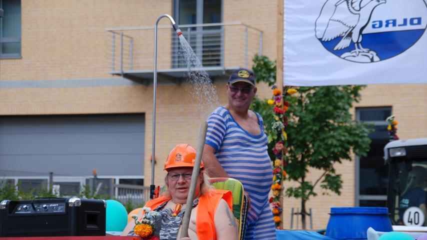 Kirchweih-Festumzug Zirndorf 2015: DLRG Zirndorf