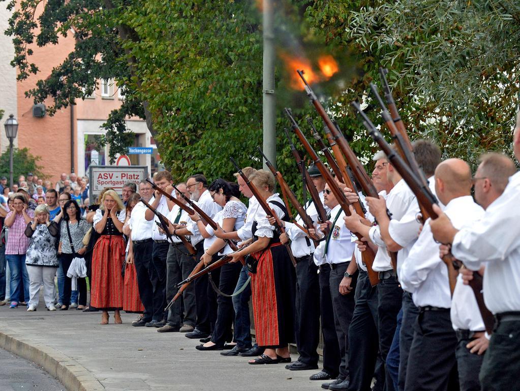 DATUM: 28.08.2015..RESSORT: Lokales ..FOTO: Horst Linke ..MOTIV: Auftakt  Höchstadter Altstadtfest..