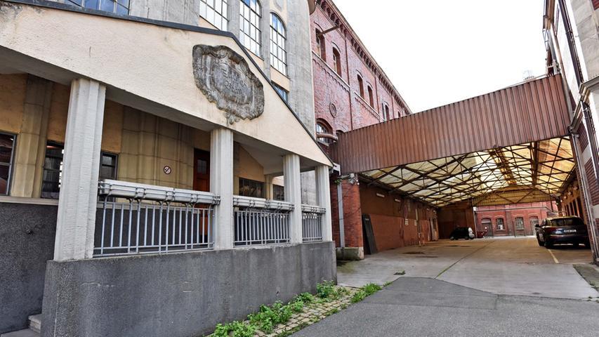 Im Bereich der früheren Durchfahrt soll der Ausstellungsraum des Klavierhauses Kreisel entstehen.