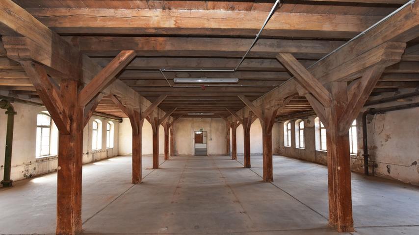 Blick in einen der einstigen Malzböden. Hier sollen Büros entstehen.