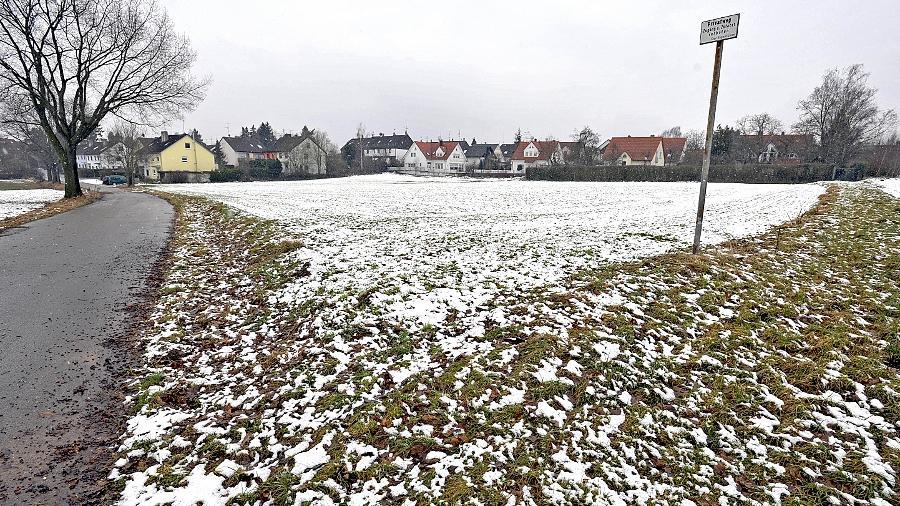 Dieses Areal am Oberfürberger Kirchenweg bleibt für eine Bebauung tabu. Hier waren einmal eine Villa und sechs Einfamilienhäuser vorgesehen.