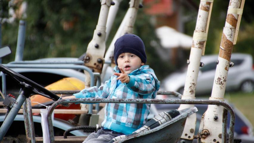 """Auch die kleinen, hier ein Junge aus Pottenstein, sind begeisterte """"Bulldog""""-Fans."""