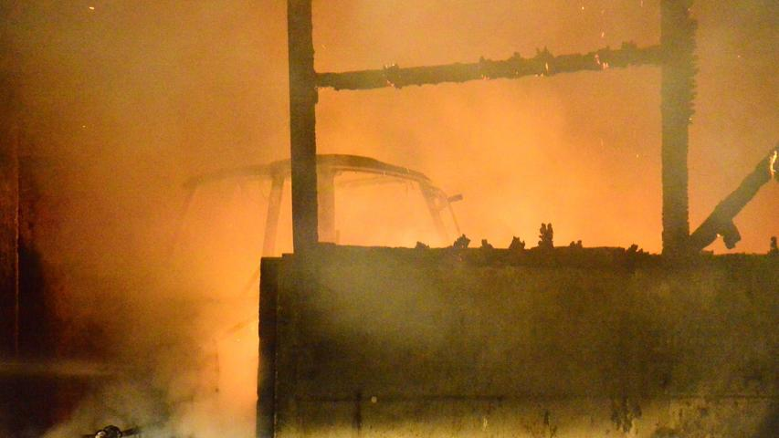 Sechsstelliger Schaden nach Scheunenbrand in Indernbuch