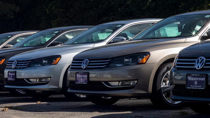 Volkswagen steckt tief in der Krise. Der Abgas-Skandal hat mehrere Manager den Job gekostet, auch die Justiz ermittelt. VW steht nun mitten in der Aufarbeitung der Affäre, die eine beispiellose Dimension hat.