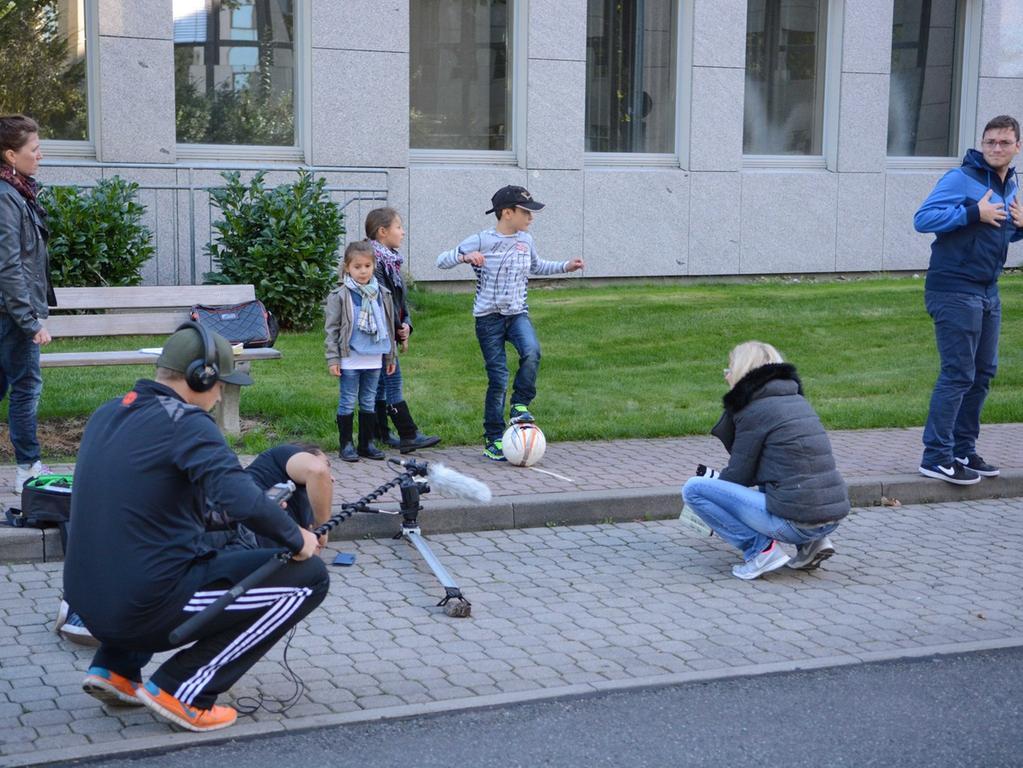 Dreharbeiten zu Macho Man 2 im Südwestpark Nürnberg, Szene am Set, 27.09.2015,  ToMa-Fotografie