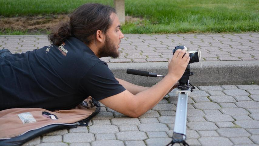 Dreharbeiten zu Macho Man 2 im Südwestpark Nürnberg, der Kameramann,  27.09.2015, ToMa-Fotografie
