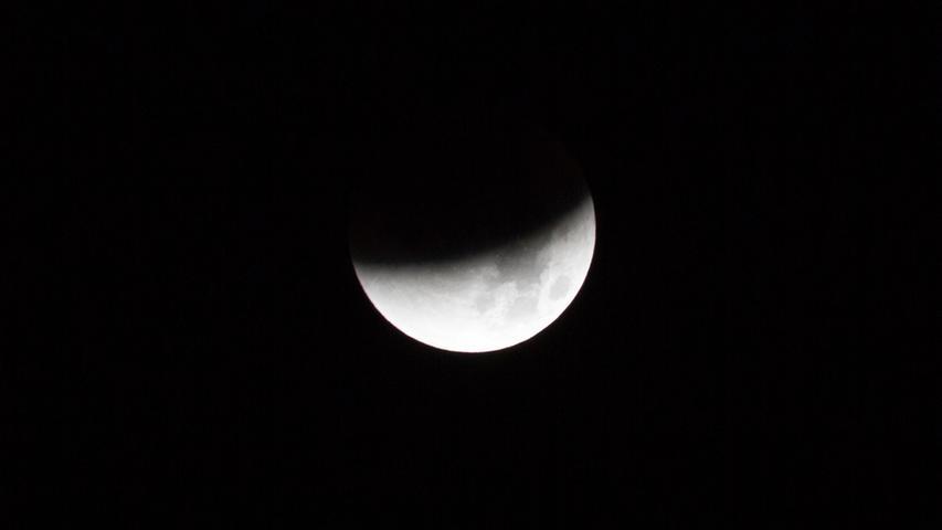 Doch nicht nur der Blutmond, auch die Mondfinsternis war über der Region relativ gut zu beobachten.
