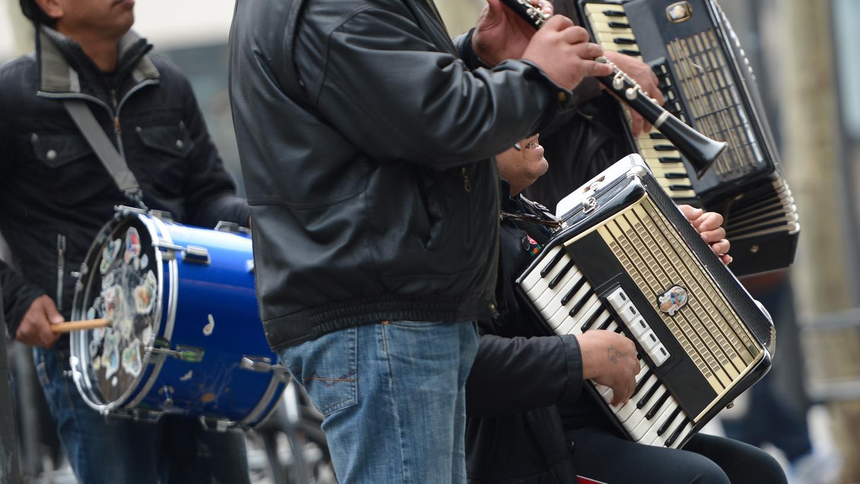 Zu wenig Abwechslung, zu laut: Anwohner in der Nürnberger Innenstadt ärgern sich über so manchen Straßenmusiker.