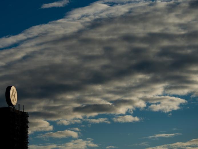 Dunkle Wolken über VW.