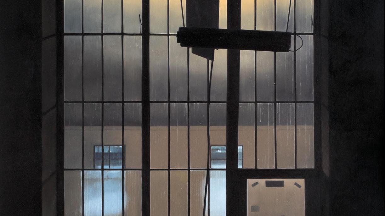 Nachtstimmung in einer inzwischen abgerissenen Halle auf AEG — ein Gemälde von Mathias Otto.
