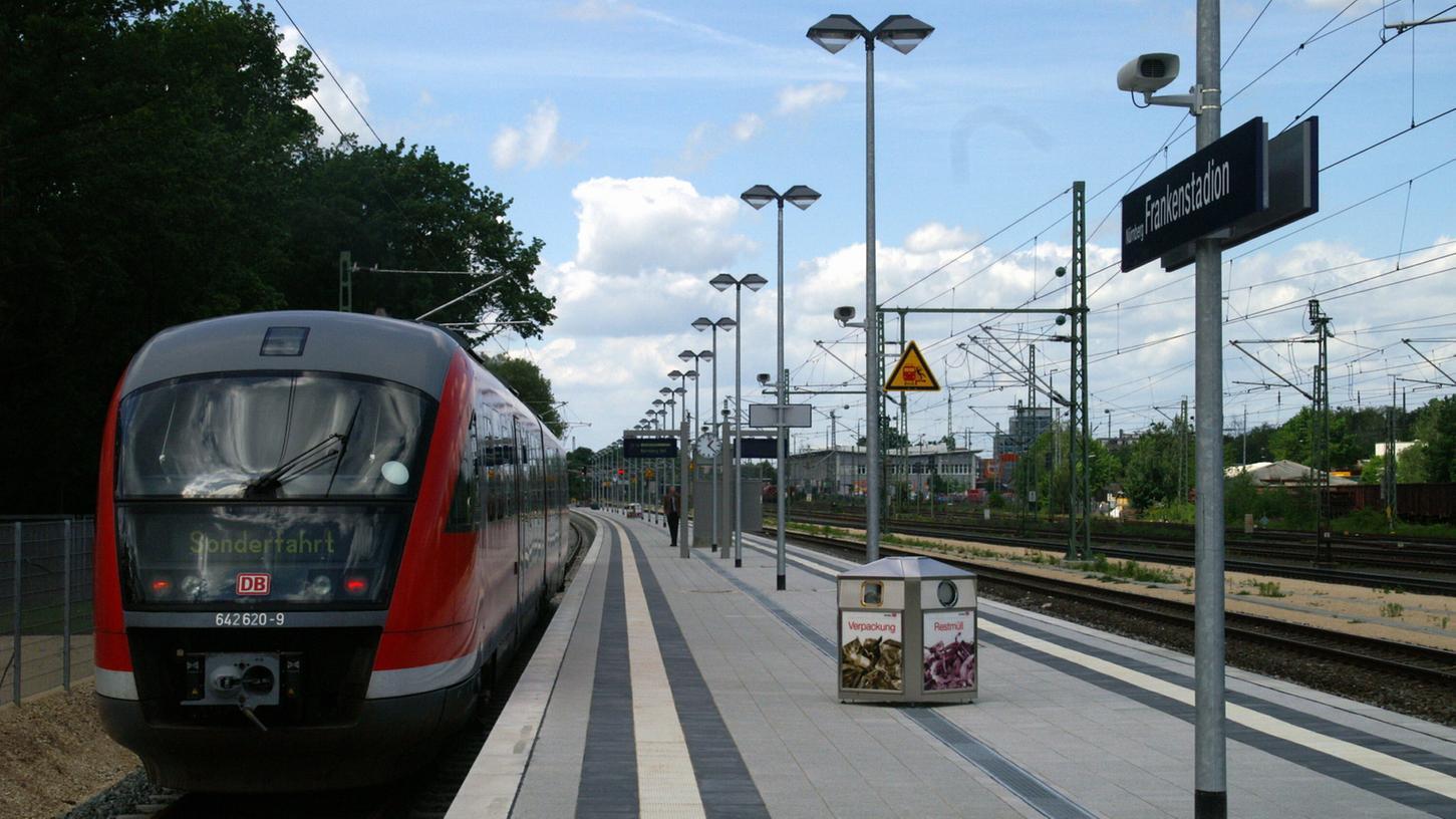Die Diskussionen über die Breite des Bahnsteigs Frankenstadion beschäftigen auch die Clubfans.